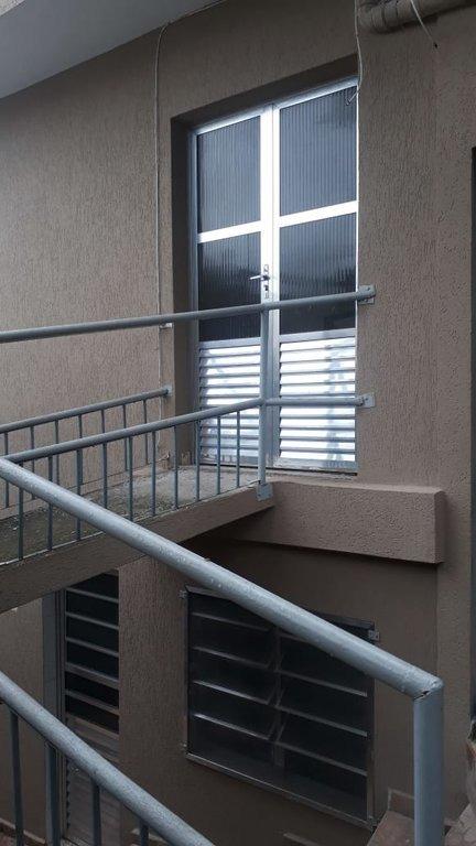 sobrado 3 andares- jd. clipper- 2 dormitorios- 831loc - 831loc