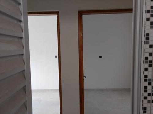 sobrado 3 dormitorios , 1 suite ,condomínio fechado  1 vaga