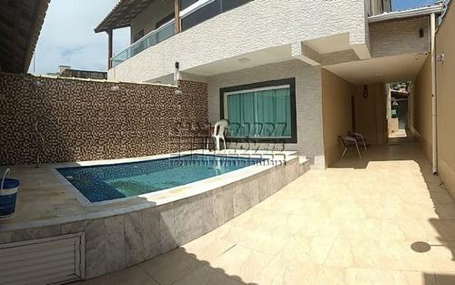 sobrado 3 suites com piscina