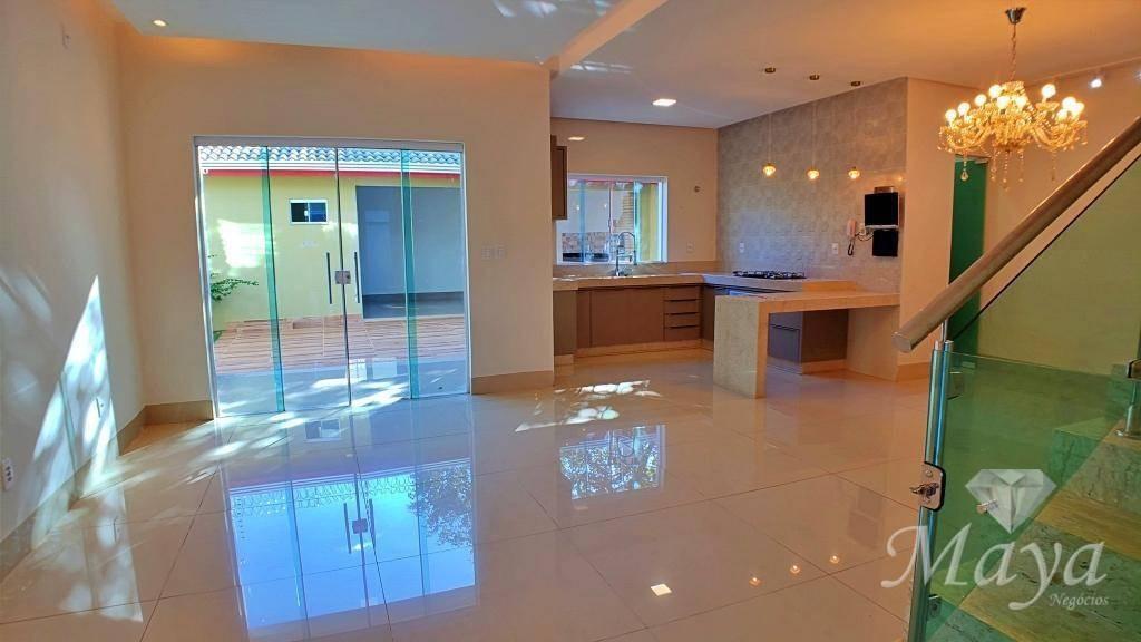 sobrado 4 quartos, 215 m² c/ armários na 1503 sul - aceita permuta - so0041