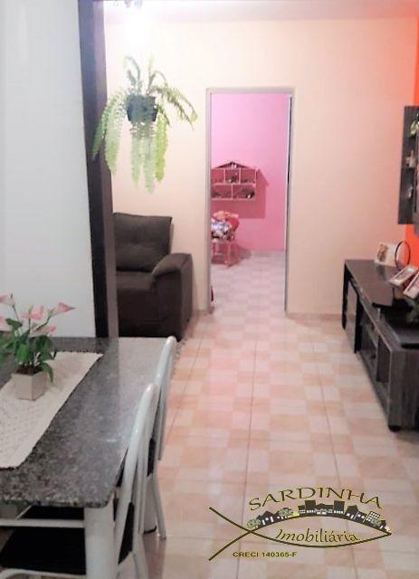 sobrado á venda - 135m² 2 dormitórios, lavanderia e 2 vagas de garagem - jd. santo antônio - embu das artes - sp - ml1060