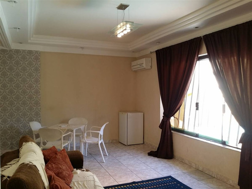 sobrado a venda, 3 dormitórios sendo 1 suite, 160m2, canto do forte, praia grande/sp - em55