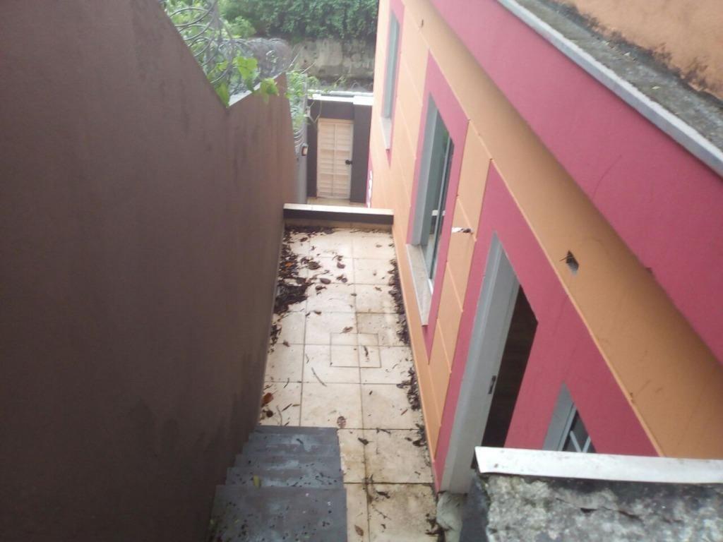 sobrado á venda com 03 dormitórios e 03 vagas de garagem no morumbi - so0584