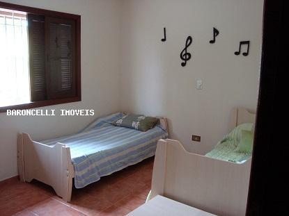 sobrado a venda em itanhaém, cibratel ii, 3 dormitórios, 2 suítes, 3 banheiros, 6 vagas - rb 0134