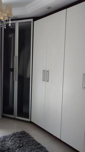 sobrado alto padrão.3 suítes, closet, piscina, sauna, gourme