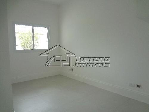 sobrado amplo com 4 dormitórios, sala 3 ambientes com lareira no urbanova
