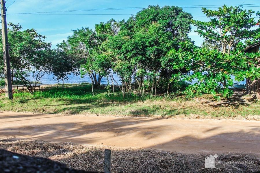 sobrado beira mar com linda vista para a baía da babitonga - 4001