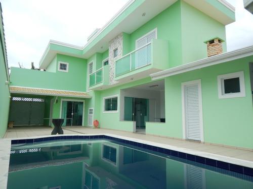 sobrado c/ piscina no bairro oásis em peruíbe para venda