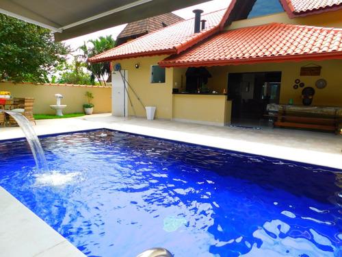 sobrado c/ piscina no condomínio bougainvilleé em peruíbe.