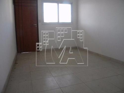 sobrado com 02 quartos - condomínio fechado