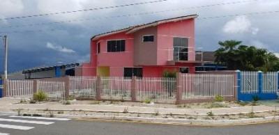 sobrado com 02 quartos próximo a av capivari - 00561002