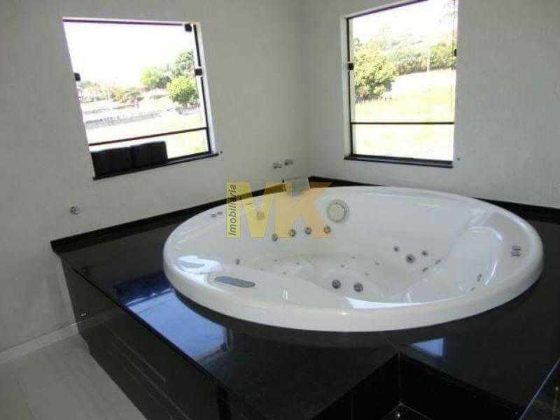 sobrado com 03 dormitórios em suzano 600m2 aceita permuta por imovel em sp  . - 173