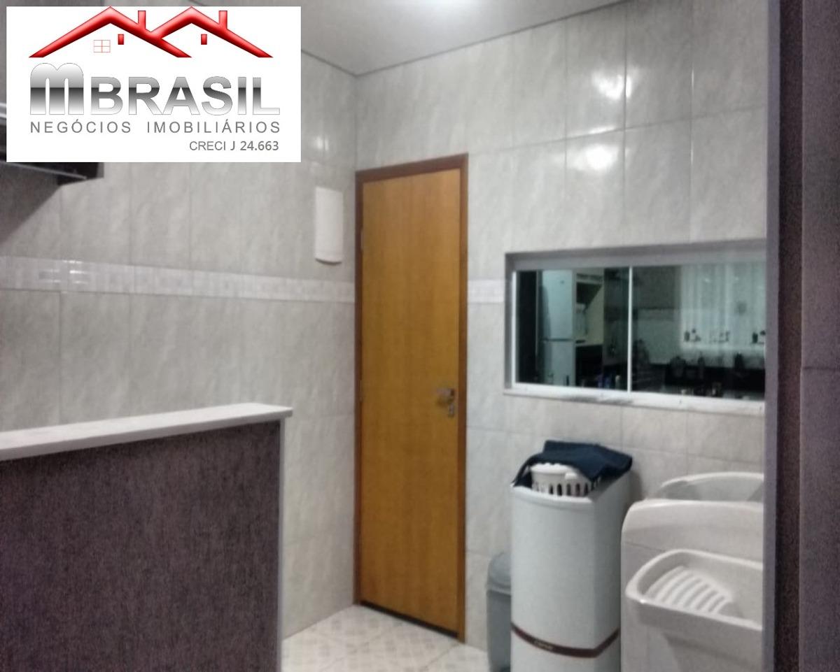sobrado ,com 03 dormitorios,sendo uma suite com closet,sala 02 ambientes,lavabo,area de luz,lavanderia coberta,cozinha planejada area gourmet de 80 mts,,com piscina,churrasqueira e - ca04794 - 326255