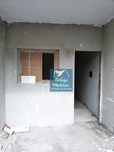 sobrado com 2 dormitórios à venda, 62 m² por r$ 115.000 - balneário esmeralda - praia grande/sp - so0026