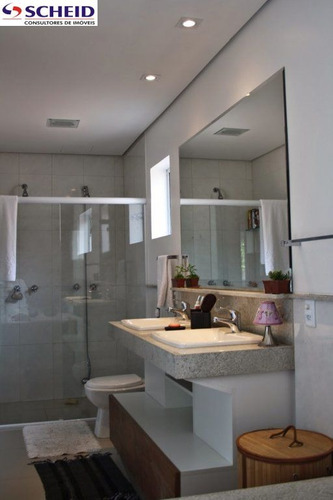 sobrado com 285 m², com 4 dormitórios sendo 1 suite, 3 vagas sendo 1 coberta. - mc1574