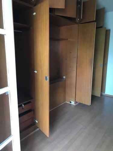 sobrado com 3 dormitórios, lavabo, 2 salas. mari 79613