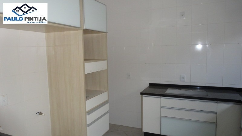sobrado com 3 dormitórios, sendo 1 suíte no condominio belle ville em itaici. - ca00854 - 3518335