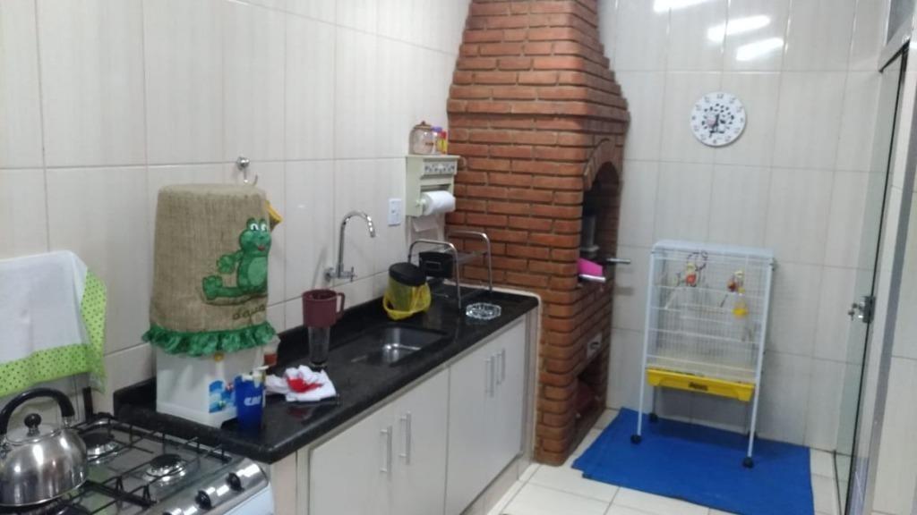 sobrado com 3 dormitórios à venda, 226 m² por r$ 450.000 - vila rubens - mogi das cruzes/sp - so0080