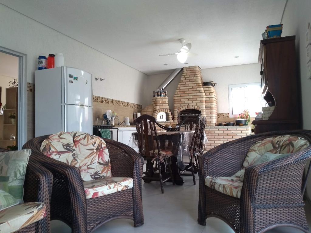sobrado com 3 dormitórios à venda, 248 m² por r$ 950.000 - botujuru - mogi das cruzes/sp - so0092