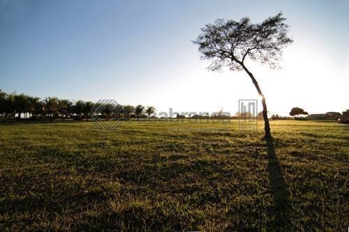 sobrado com 3 dormitórios à venda, 260 m² por r$ 1.350.000,00 - condomínio chácara ondina - sorocaba/sp - so1173