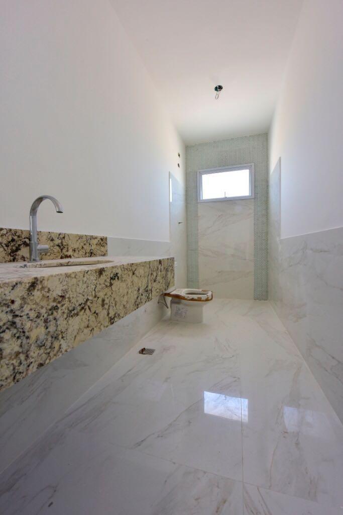 sobrado com 3 dormitórios à venda, 392 m² por r$ 1.500.000 - rio comprido - jacareí/sp - so0260