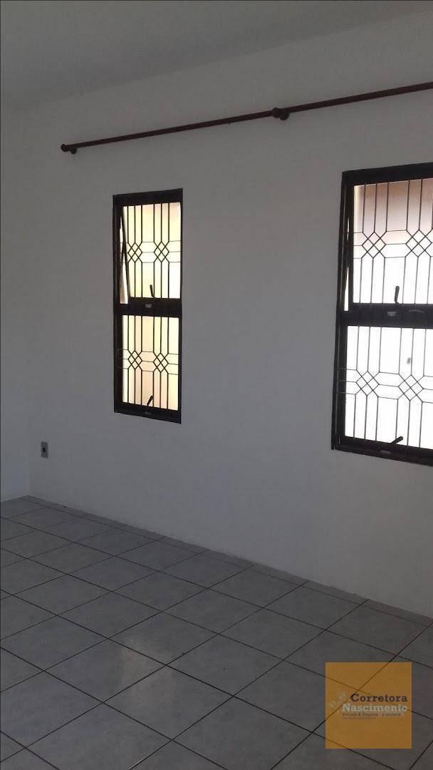 sobrado com 4 dormitórios à venda, 177 m² por r$ 240.000,00 - cidade salvador - jacareí/sp - so0475