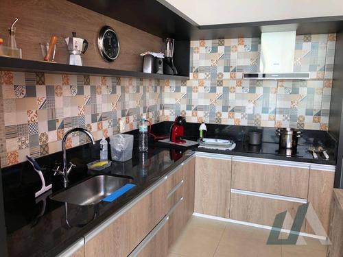 sobrado com 4 dormitórios à venda, 300 m² por r$ 1.150.000,00 - condomínio belvedere i - votorantim/sp - so0303