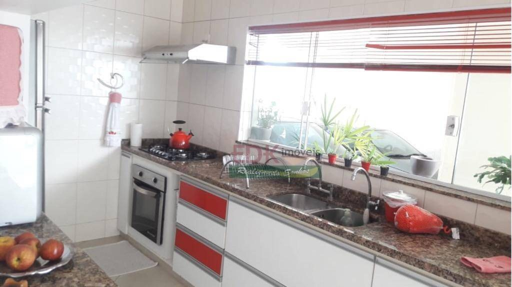 sobrado com 4 dormitórios à venda, 429 m² por r$ 1.810.000 - village mantiqueira - guaratinguetá/sp - so0445