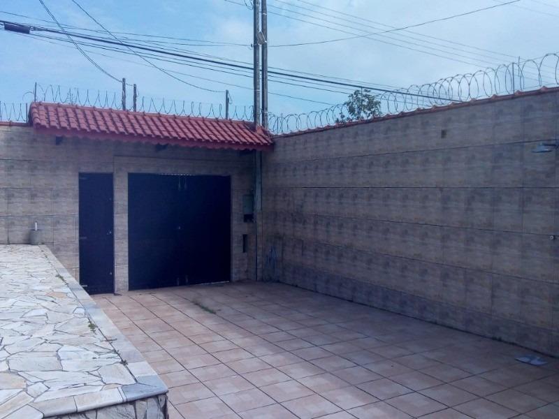sobrado com piscina - 1592 - 32642122