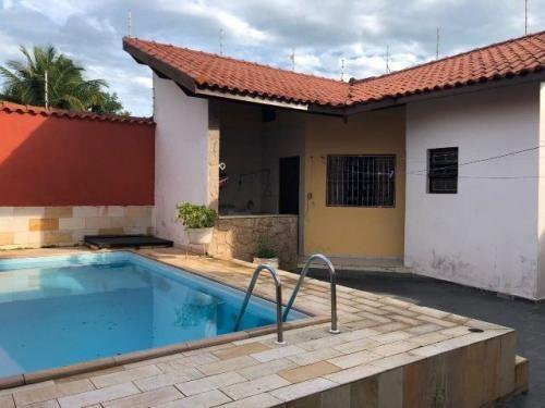 sobrado com piscina e 4 quartos em itanhaém-sp - ref 3822-p