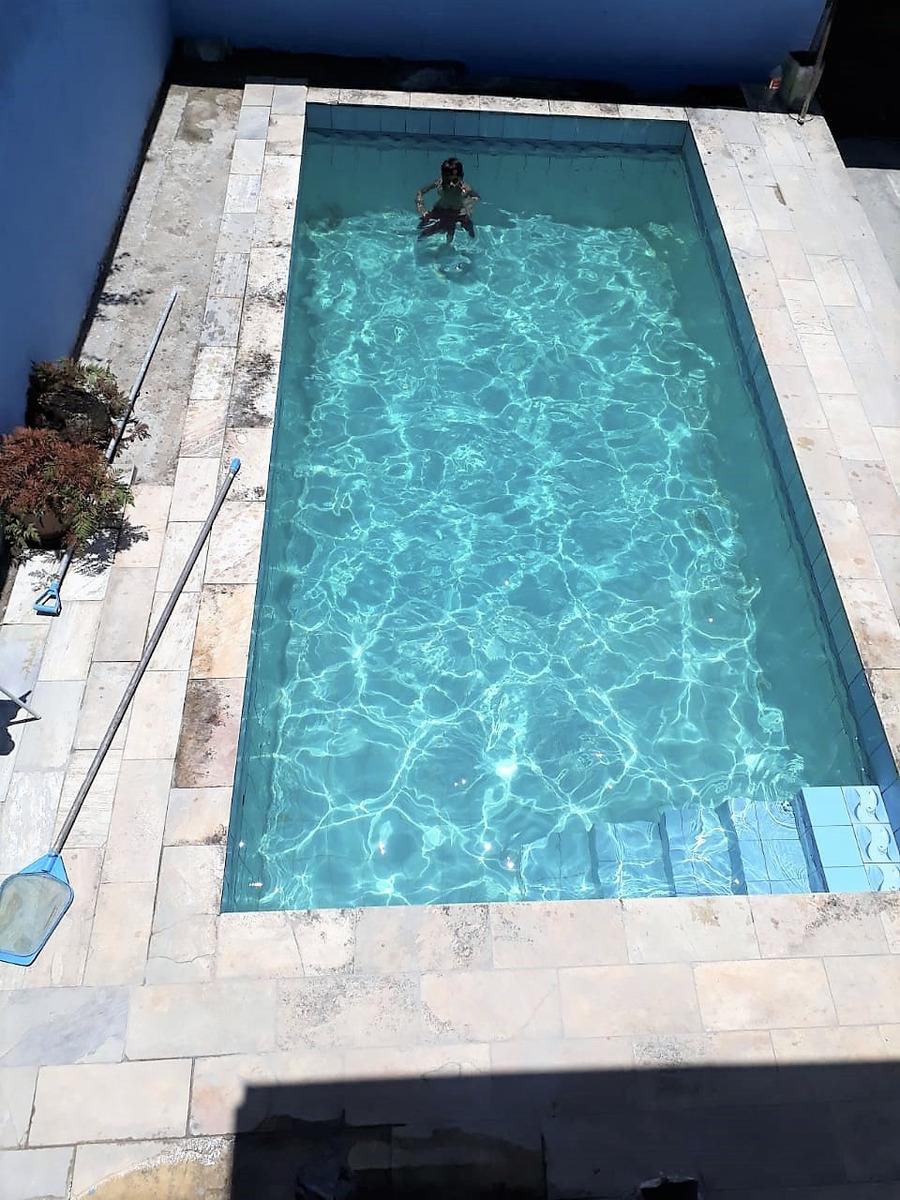 sobrado com piscina e edícula direto com o proprietário
