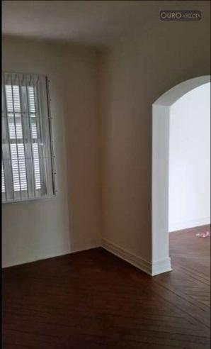 sobrado comercial 330m² 10 salas, salão, churrasqueira, 4 wc e 7 vagas de garagem. òtima localização. - so0273