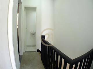 sobrado comercial locação 96m² recepção 3 salas 2 banheiros 1 vaga, a 50m do terminal de ônibus, metrô e trem pinheiros. imperdível. - so2400