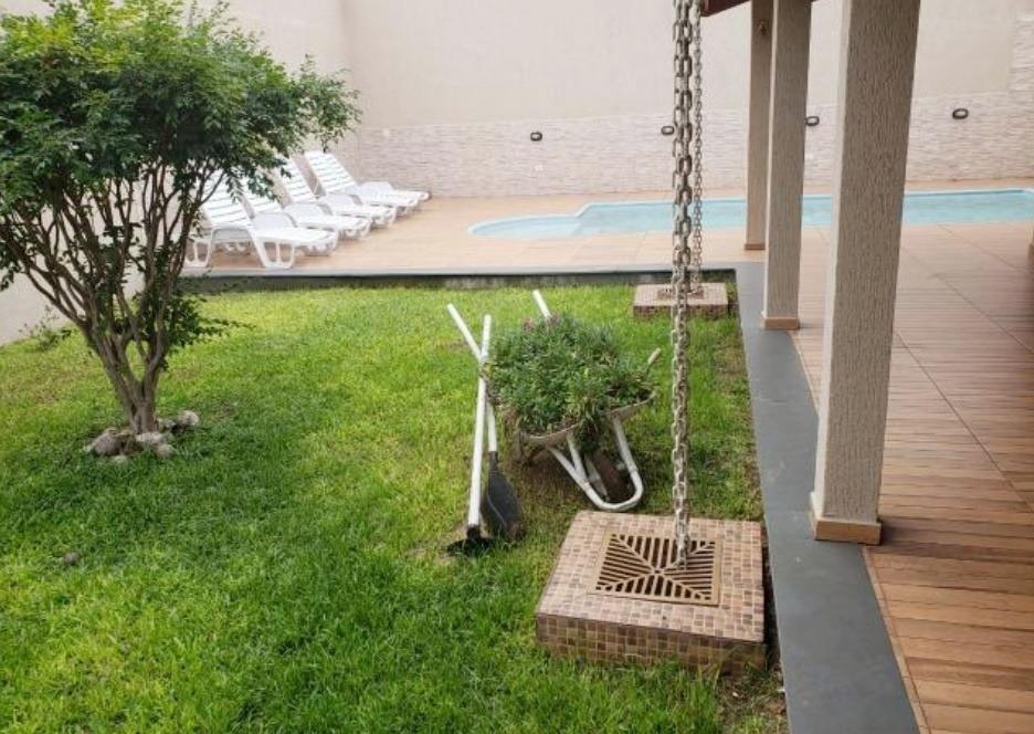sobrado de 273m² com piscina, 4 vagas, jardim imperador