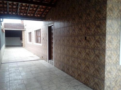sobrado de 3 andares no bairro suarão, em itanhaém