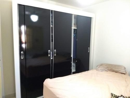 sobrado de 3 dormitórios, 2 com armários. ref 79983