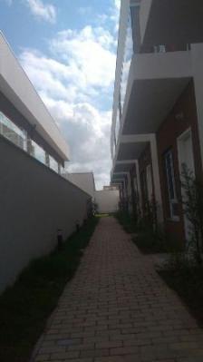 sobrado de condomínio em itanhaém-sp - 2 dormitórios!!!