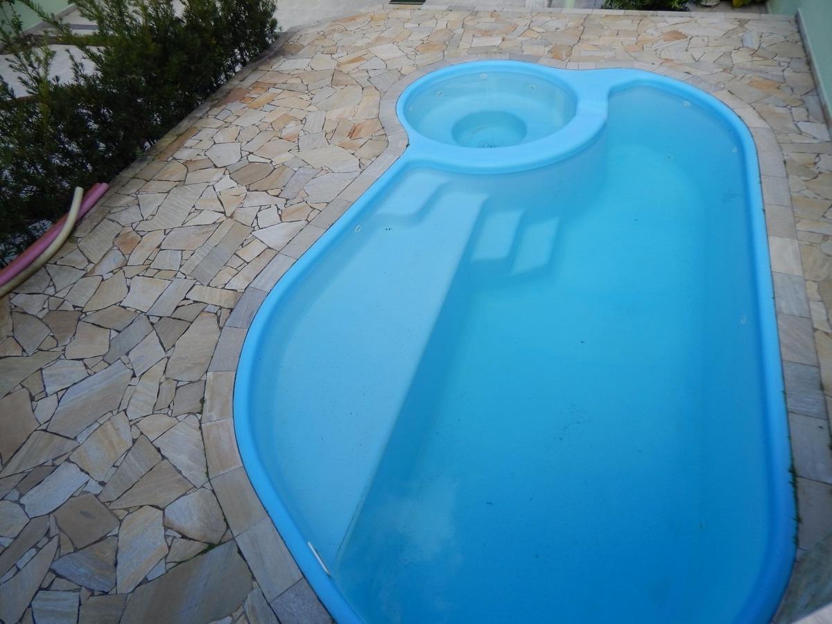 sobrado em condomínio c/ piscina a venda na praia de peruíbe