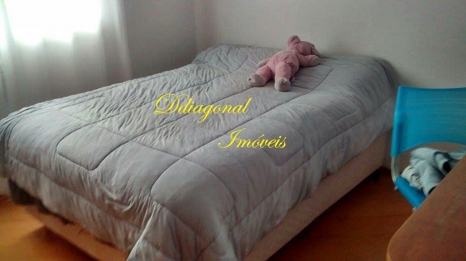 sobrado em condomínio c/2 dorms - v. antonio - cláudio 77059