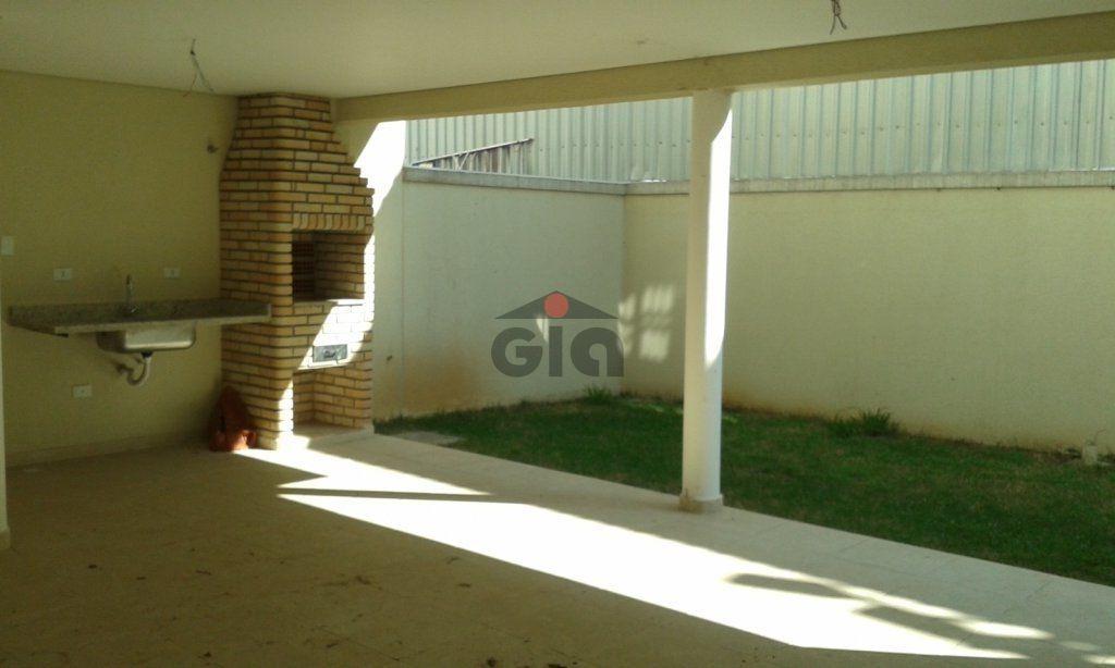 sobrado em condomínio fechado. - gi683