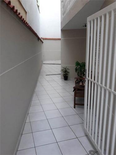 sobrado em condomínio fechado. sala e cozinha muito espaçosa. - 170-im397128