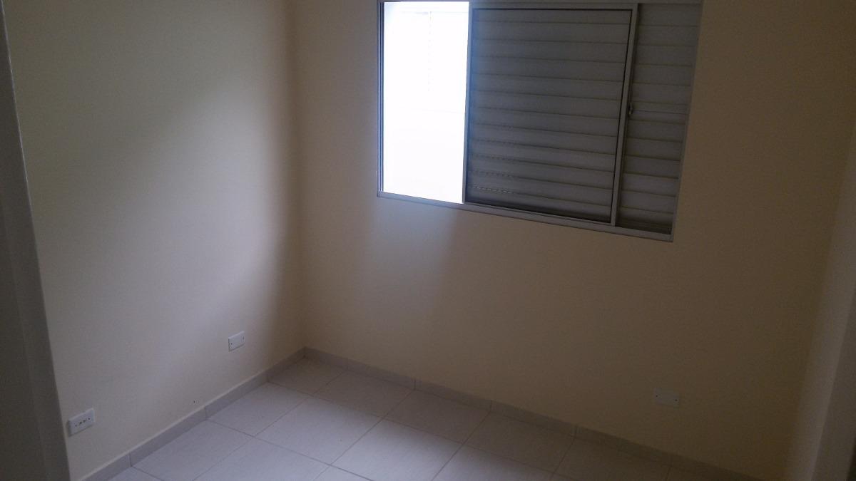 sobrado em condomínio parque do carmo - 2 dorm. 1 vaga