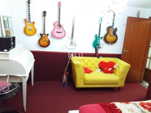 sobrado em harmonia com 3 dormitórios - ts2591