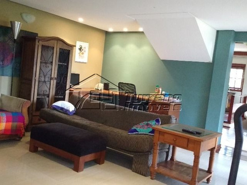 sobrado estilo rústico com 4 dormitórios no jardim aquarius