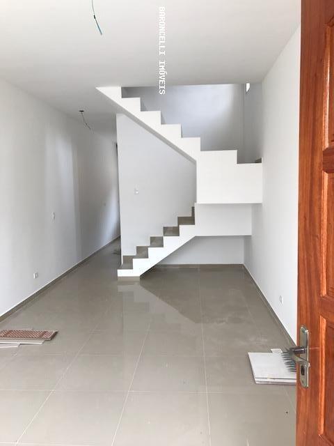 sobrado geminado a venda em itanhaém, balneário tupi, 2 dormitórios, 2 suítes, 3 banheiros, 2 vagas - rb 0389