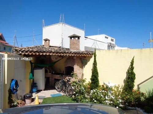 sobrado geminado a venda em itanhaém, cibratel i, 3 dormitórios, 1 suíte, 3 banheiros, 2 vagas - rb 0465