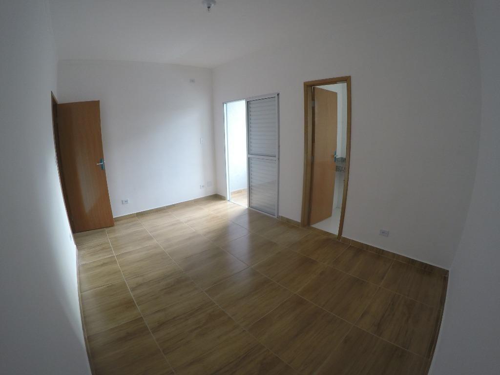 sobrado individual novo com 2 suítes  à venda, 80 m² por r$ 390.000 - vila tupi - praia grande/sp. - so0314