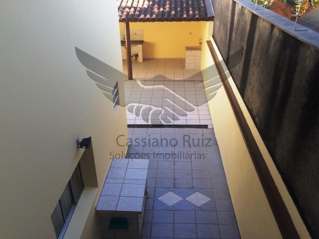 sobrado - jardim leocádia - 03 dormitórios / 01 suíte / 03 vagas / quintal com churrasqueira - ca00108 - 33696396