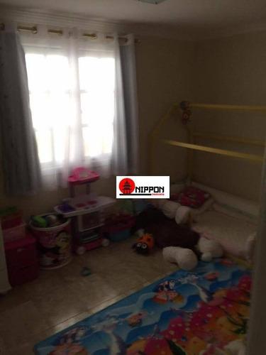 sobrado lindo com 3 dormitórios sendo 1 suíte, 6 vagas de carro em condomínio fechado à venda por r$ 800.000- cidade parquelandia - mogi das cruzes/sp - so0254