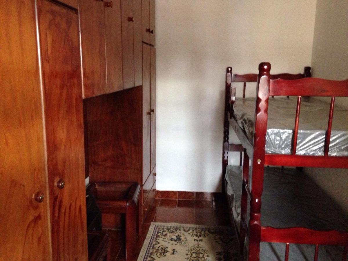 sobrado lindo com 3 dormitórios sendo 1 suite   fl36